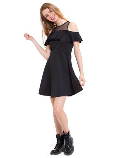 LC Waikiki Kayık Yaka Kloş Elbise Siyah